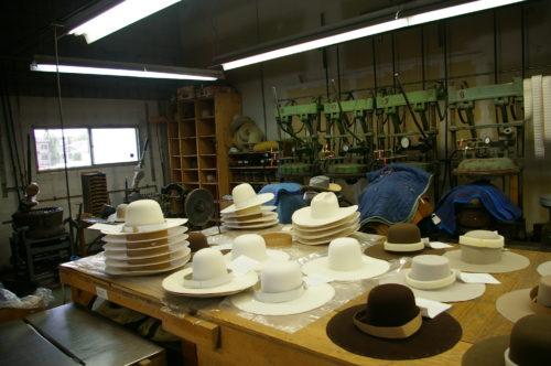 The Smithbilt Hats factory, Calgary, Alberta (© Frances Backhouse)